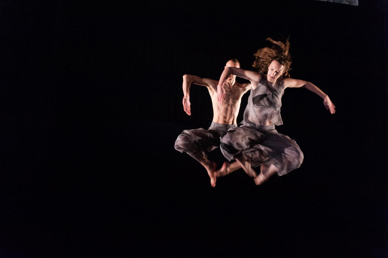DEBUTTANO AL FESTIVAL TORINODANZA  SET AND RESET/RESET (2016) E FACE IN  della compagnia inglese CANDOCO DANCE COMPANY Teatro Carignano di Torino, martedì 19 settembre