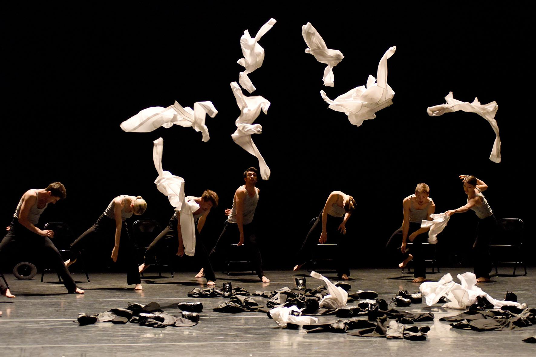 TORINODANZA FESTIVAL 2017 SI CHIUDE CON IL DEBUTTO IN PRIMA ITALIANA DELLA COMPAGNIA TEDESCA GAUTHIER DANCE COMPANY CON TRE PEZZI DEI COREOGRAFI HOFESH SHECHTER, SHARON EYAL E GAI BEHAR, OHAD NAHARIN